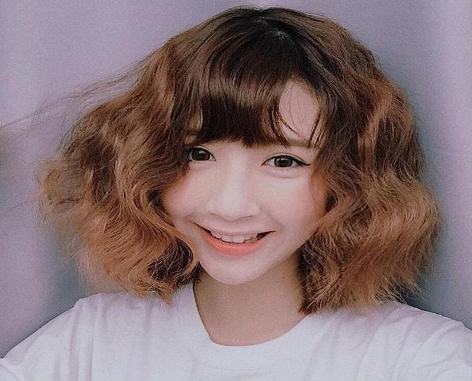 Tóc màu nâu sáng