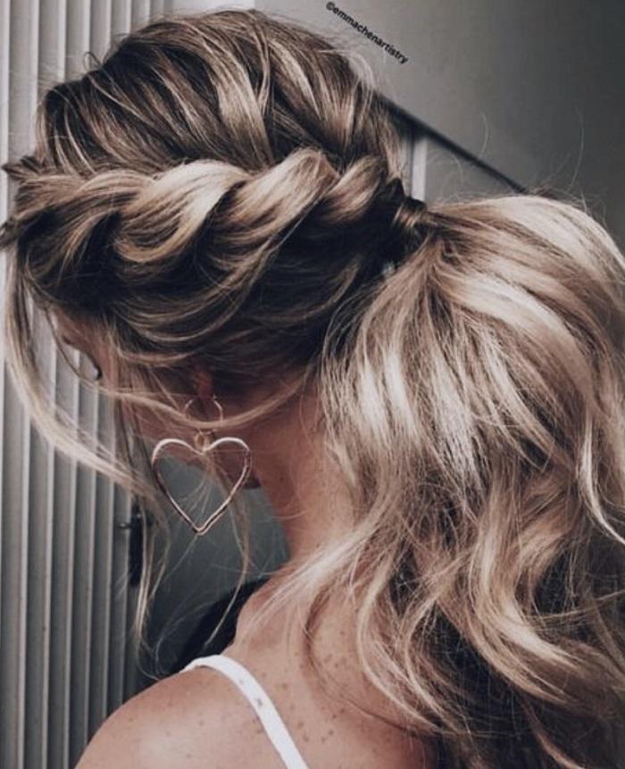 cách cột tóc cao phồng 5