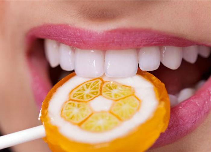 Tác hại của tẩy trắng răng