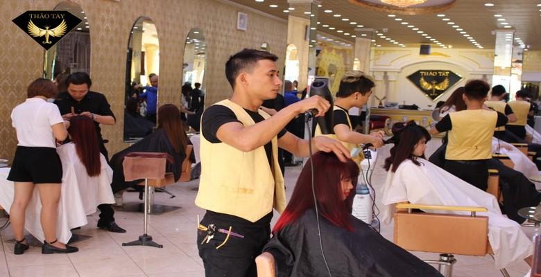 Tiệm cắt tóc đẹp ở quận tân bình