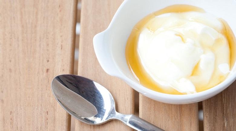 vitamin E và sữa chua trị nám