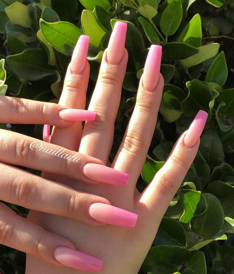 Mẫu nail màu ombre