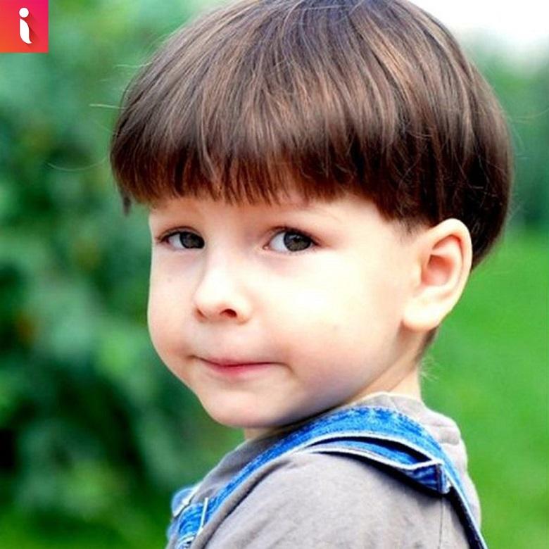 Một trong những kiểu tóc cho bé trai dễ thương hài hước nhất