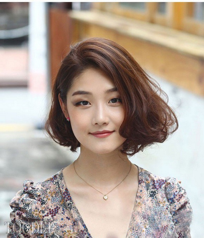 Kiểu tóc xoăn cho người mặt tròn to