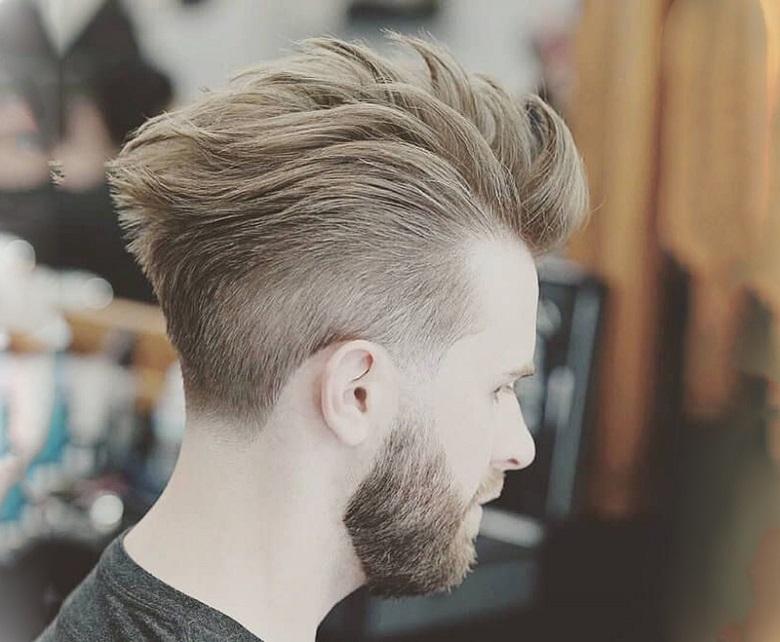Mẫu tóc undercut màu nâu khói đem đến vẻ ngoài nam tính, lịch lãm