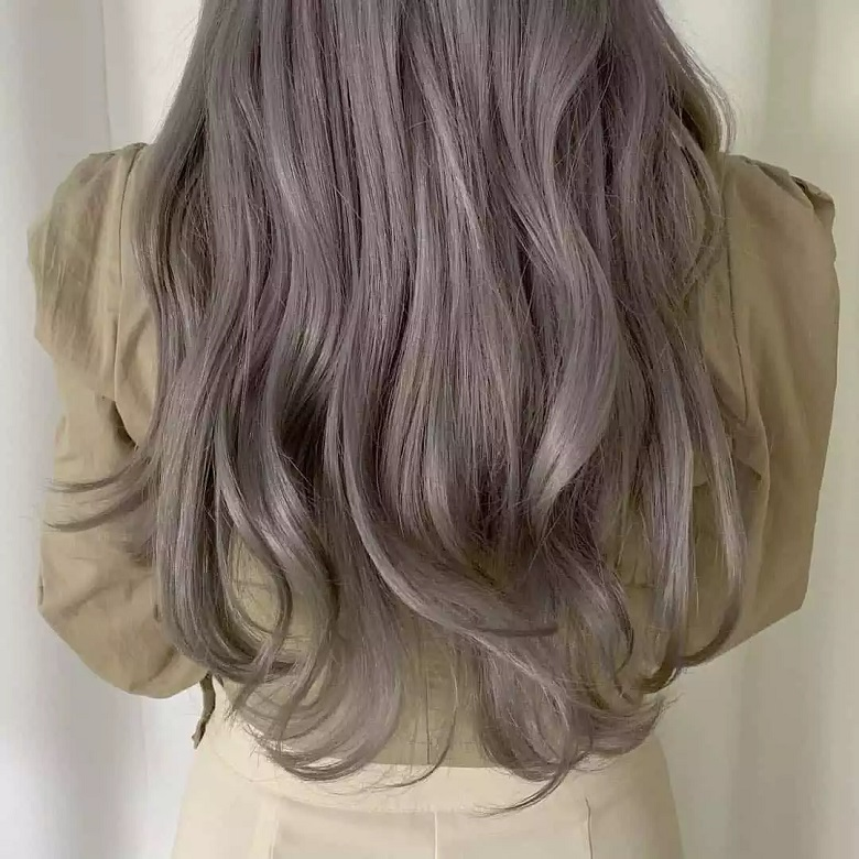 Màu tóc thời thượng được đông đảo giới trẻ yêu thích