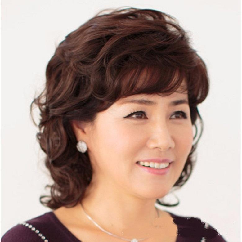 tóc ngắn cho phụ nữ trung niên