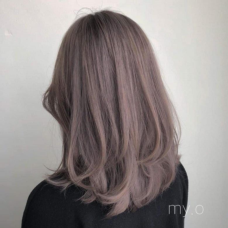 Màu tóc phù hợp với nhiều phong cách thời trang