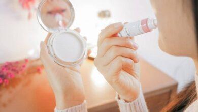 Photo of 5+ thỏi son dưỡng trị thâm môi mang lại nét hồng tươi tắn